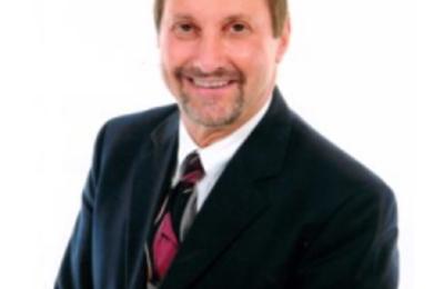 James M Maisel MD - Islandia, NY