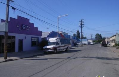 Planet Pooch Doggie Daycare - Redwood City, CA