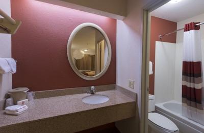 Red Roof Inn - Dayton, OH