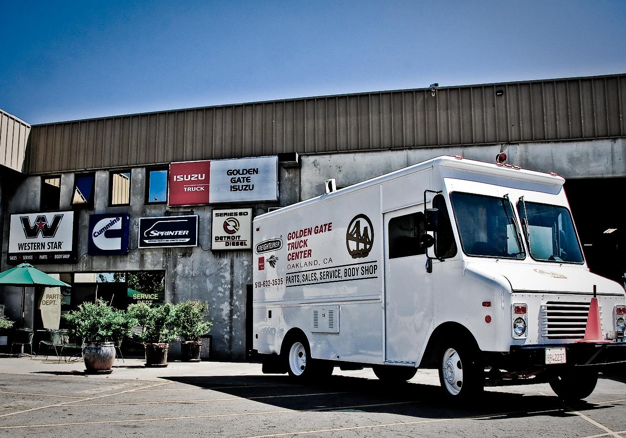 golden gate truck center 8200 baldwin st, oakland, ca 94621 - yp