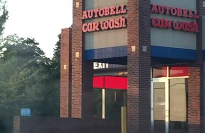 Autobell Car Wash - Acworth, GA. Car wash