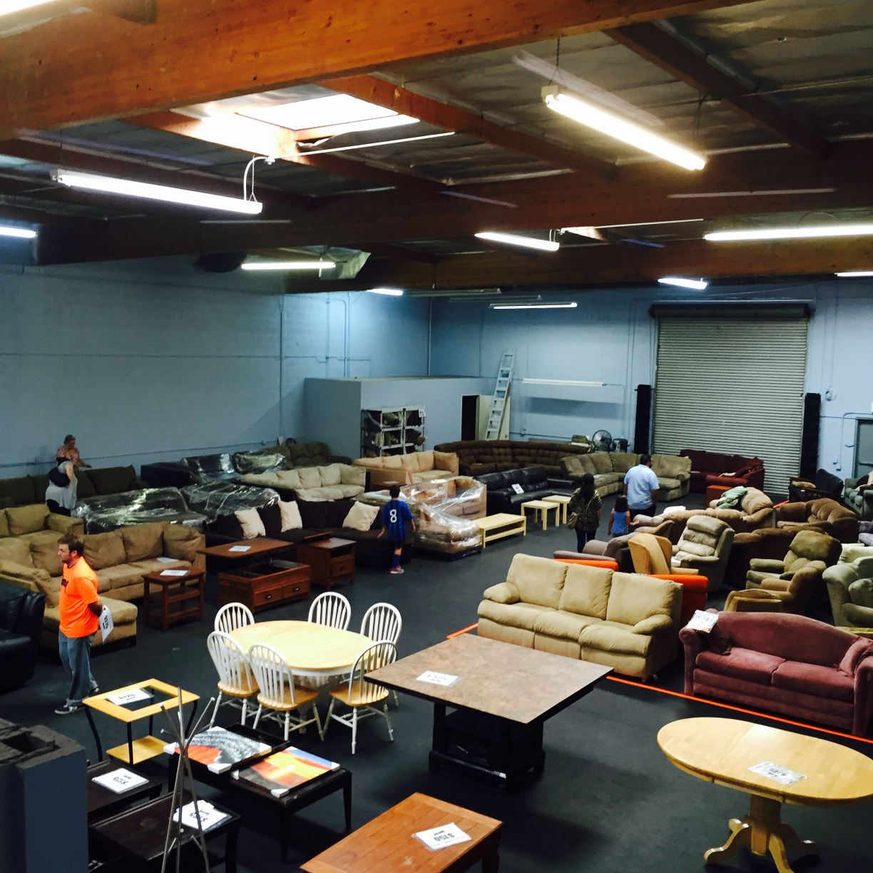 Discount Furniture Stores In Santa Ana