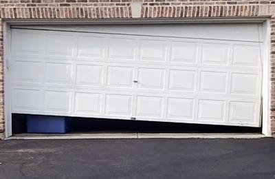 A To Z Garage Doors   San Antonio, TX