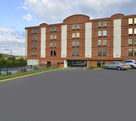Americas Best Value Inn - Winchester, VA