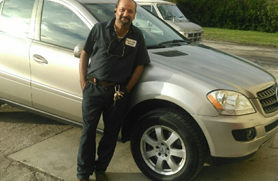 Amanda's Auto Salon - Orlando, FL. Best auto mechanic... without the dealership price! 321-228-4735 Mr. Ray