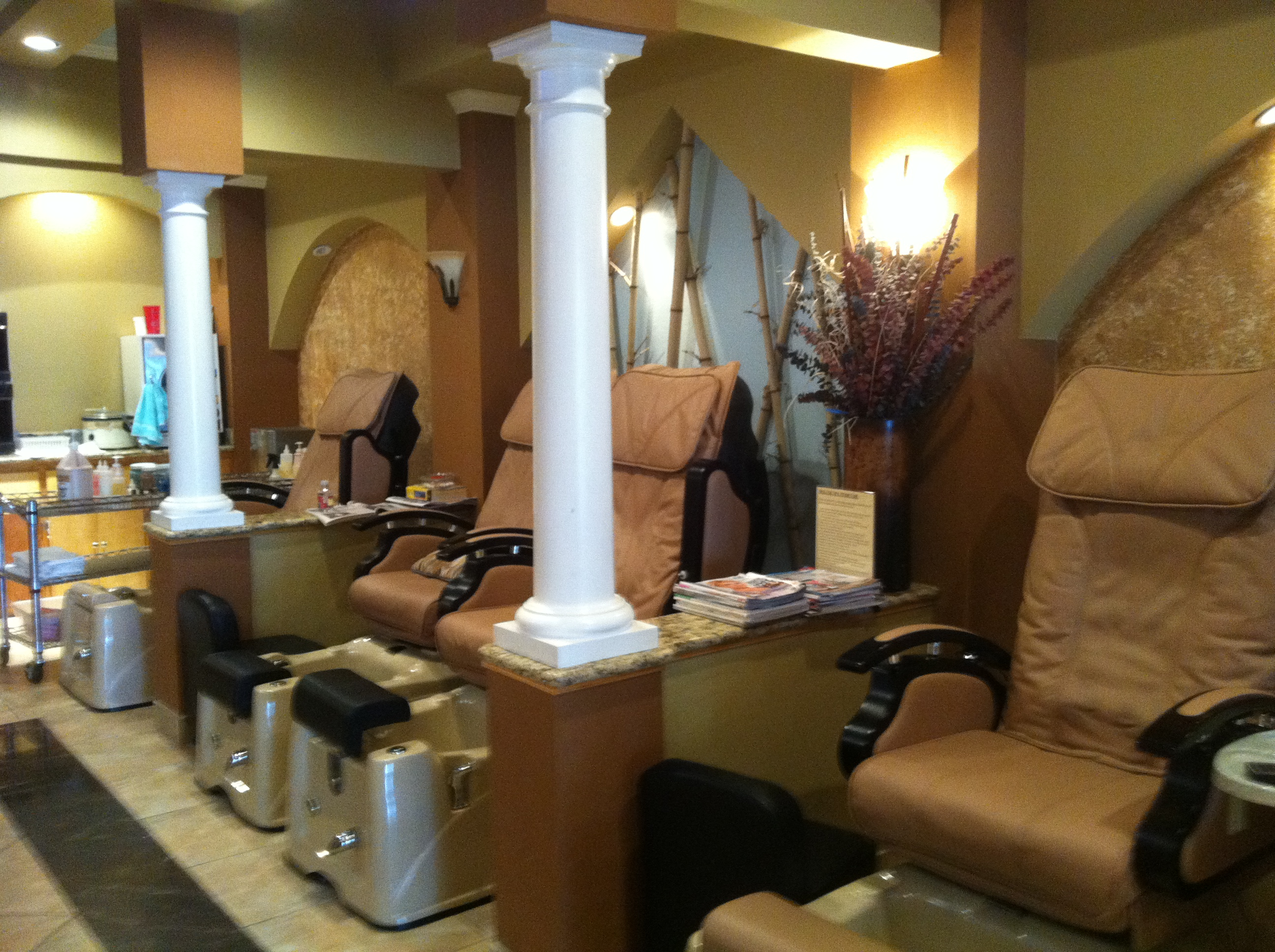 Luxury Nails & Spa 5741 Youree Dr, Shreveport, LA 71105 - YP.com