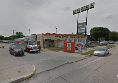 U-Haul Moving & Storage at I-35 & Berry St - Fort Worth, TX