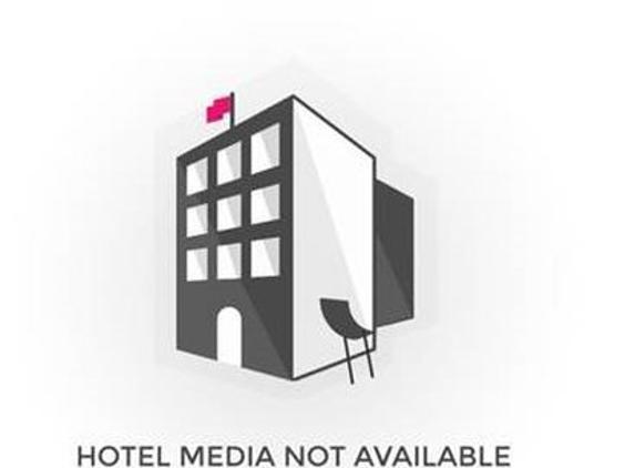 Hilo Hawaiian Hotel - Hilo, HI