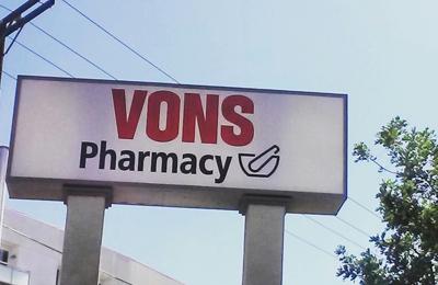 Vons Pharmacy - Glendale, CA. Signage