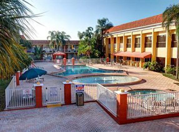 Carlton Arms of Magnolia Valley - New Port Richey, FL