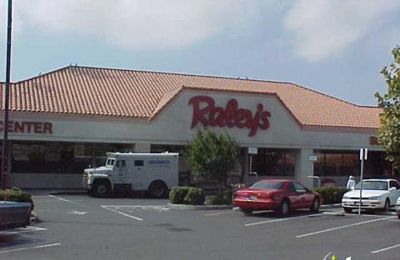 Raley's Supermarket - Newark, CA