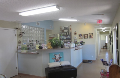 Loving Care Animal Hospital - Largo, FL