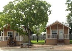 Hill Country RV-Resort - New Braunfels, TX