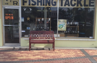 T And R Tackle Shop   Lauderdale By The Sea, FL