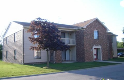 Greenwoods Apartments - Farmington, MI