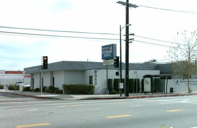 VCA McClave Animal Hospital - Reseda, CA