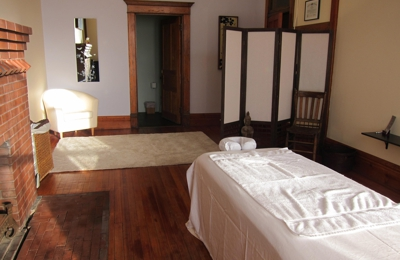 Ease Bodywork and Massage Therapy - Athens, OH