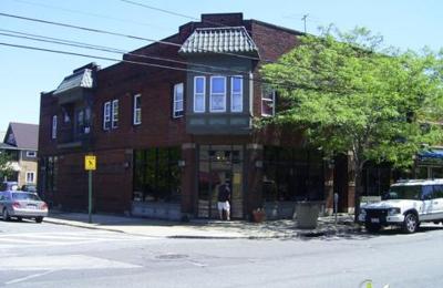 Bingham's Antiques - Cleveland, OH