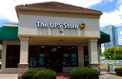The UPS Store 3751 - Tampa, FL