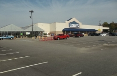 Lowe's Home Improvement - Farmville, VA