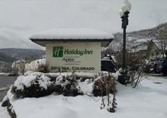 Charter Sports Ski & Snowboard Rental - Vail, CO