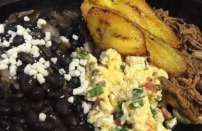 El Caldero Latin Restaurant - Tampa, FL