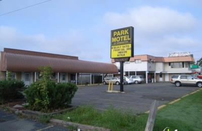 Park Motel Of Farmington - Farmington Hills, MI