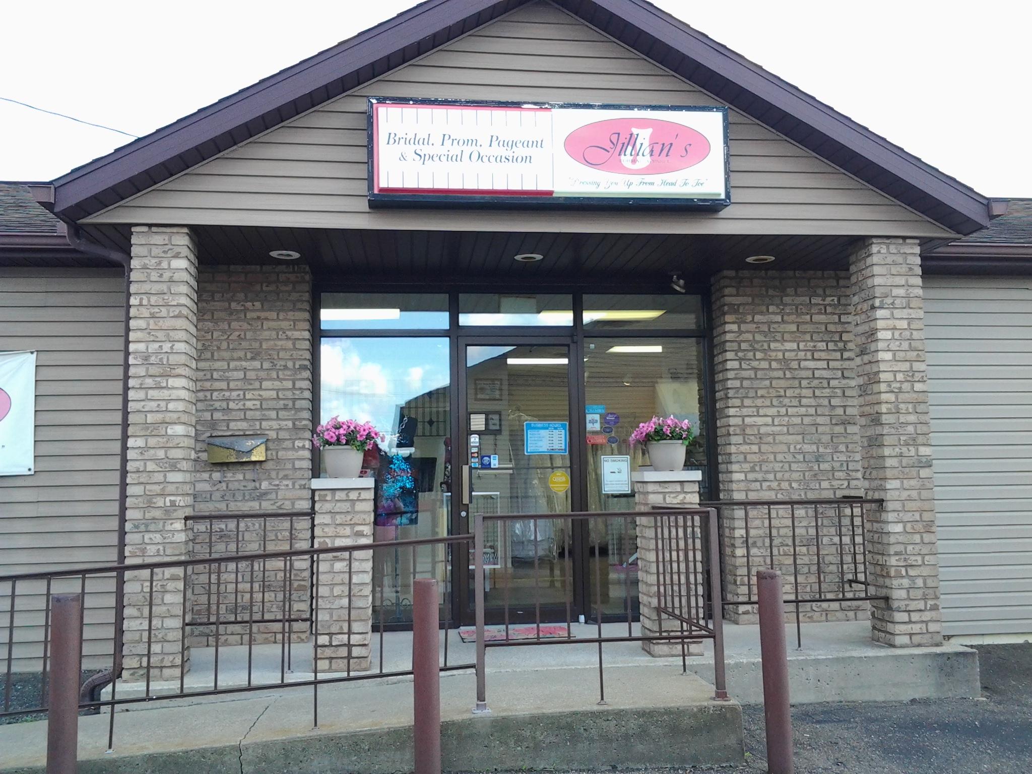 Jillian's 2347 Maple Ave, Zanesville, OH 43701 - YP.com