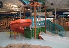 Quality Inn & Suites Palm Island Indoor Waterpark - Batavia, NY