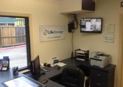 Life Storage - Haltom City, TX