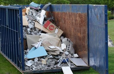 Guelig's Waste Removal & Demolition LLC - Eden, WI