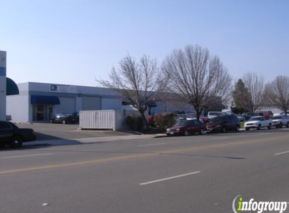 Triple A Automotive - Clovis, CA