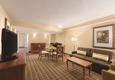 Embassy Suites by Hilton Greenville Golf Resort & Conference Center - Greenville, SC