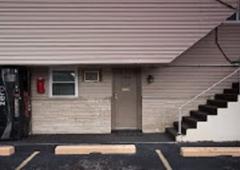 Rosemount Motel - Bedford, IN