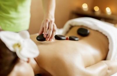 Essential Kneads Massage - Incline Village, NV