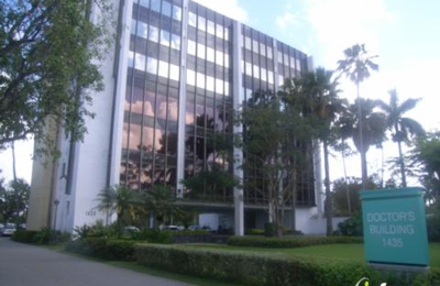 La Calle De Gilde MD - Hialeah, FL