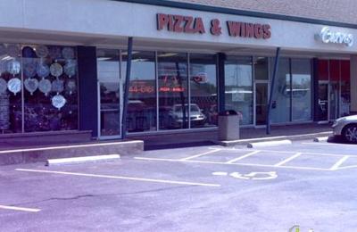 St Louis Pizza & Wings - Saint Louis, MO