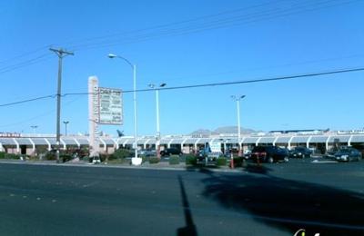 3.99 & Up Shoe Store - Las Vegas, NV