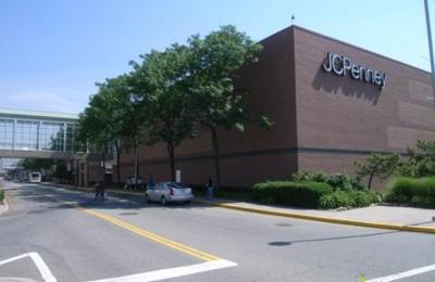 Coach - Jersey City, NJ