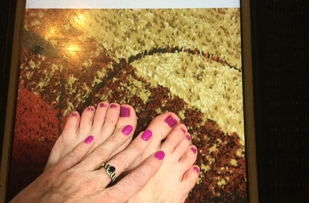 Lynn and Miki gave me an awesome pedicure and nail dip plus eyebrow wax today! Jodi G