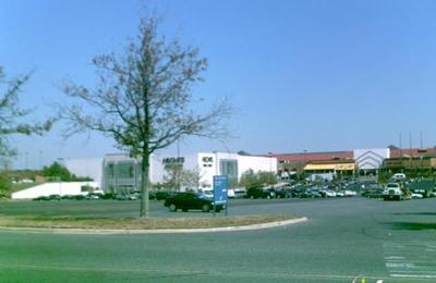 Avis Rent A Car - Nottingham, MD