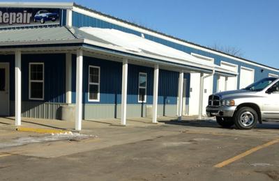 Salinas Auto Repair and Sales - Blooming Prairie, MN