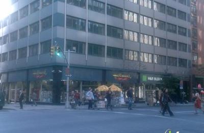 Amreen's Hallmark Shop - New York, NY