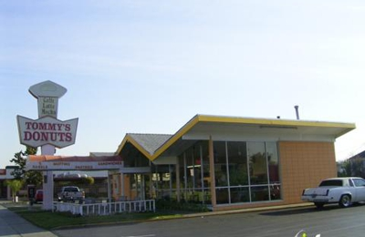 Tommy's Doughnuts - Hayward, CA