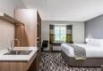 Microtel Inn & Suites By Wyndham New Martinsville - New Martinsville, WV