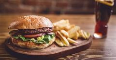 Mary's Burger and A Shake - Longview, WA