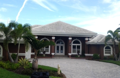 Allied Roof Cleaning - Fort Myers, FL. White roof before