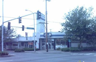 Seattle Supermarket - Seattle, WA