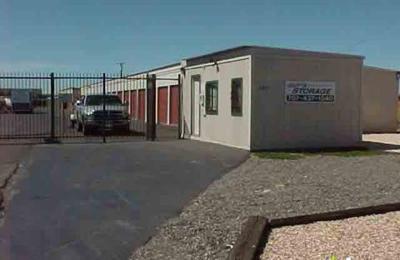 Charmant Guyu0027s Storage   Fairfield, CA