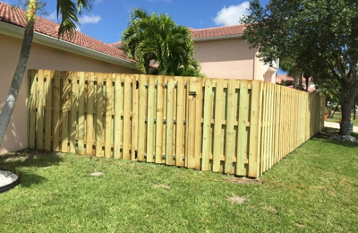 E & Sons Fencing Company - Fort Lauderdale, FL
